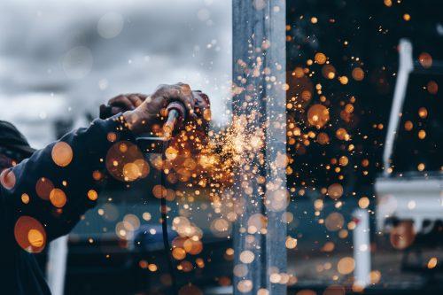 Technicien de maintenance industrielle : quel parcours ?